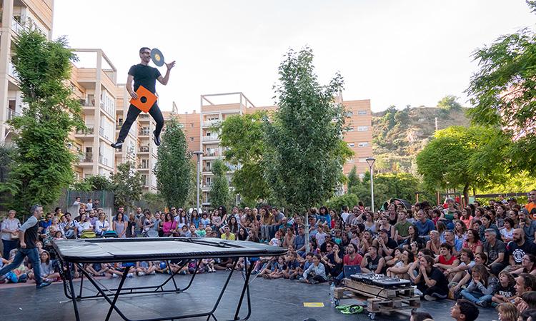 El circ arriba a municipis petits amb espectacles i tallers