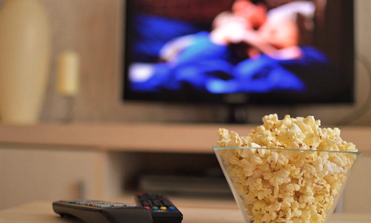 """L'estrena de cinema online, un """"aliat"""" de les sales més enllà del confinament"""