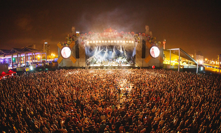 Testos ràpids, ampliar recintes i registrar assistents: els festivals de música es conjuren per recuperar l'activitat